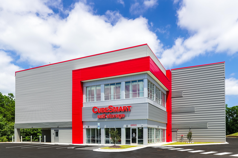 CubeSmart building exterior